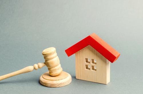 Budowa domu za pieniądze ze sprzedaży mieszkania a podatki
