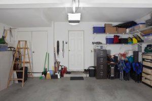 Garaż w bryle budynku czy osobno?
