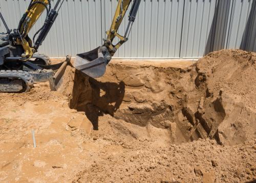 Roboty ziemne przy budowie domu